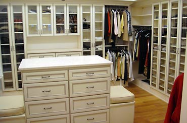 We Offer A Full Line Of Standard And Custom Closet Components Including  Installation Hardware And All Closet Accessories.